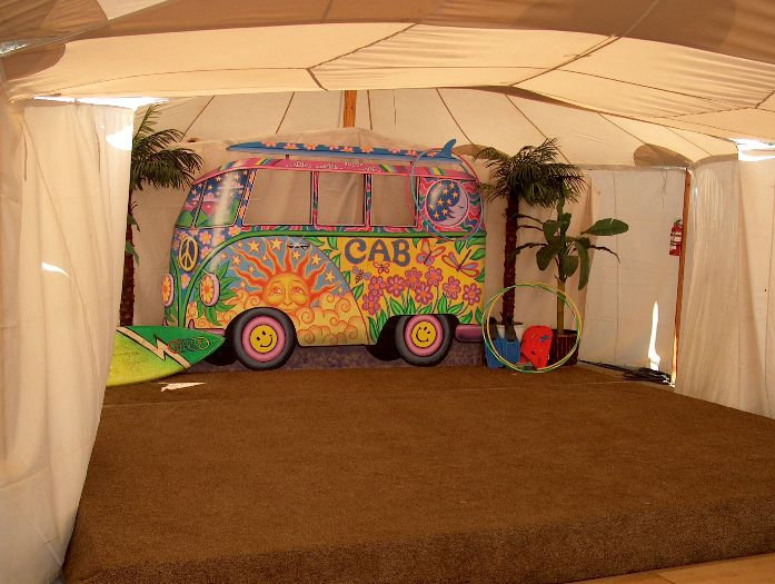 Hippie VW  Surfer Bus